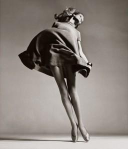 veruschka-dress-by-bill-blass-new-york-january-1967-richard-avedon1